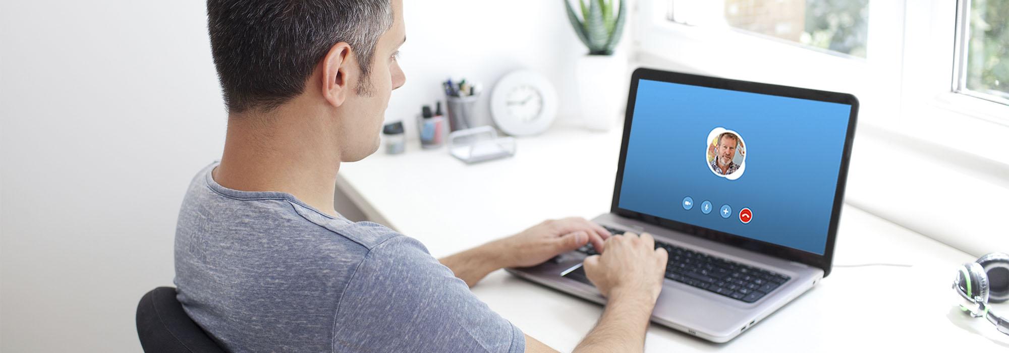 Aprende inglés desde casa por Skype con el profesor Paul Kelly
